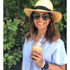 Bom dia pra vc que está morrendo de saudades das férias!!! #tbt #greece #summertime #coffeelovers #bomdia #butfirstcoffee