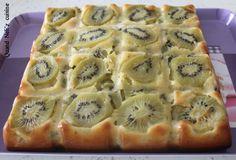 Bonjour, bonjour, Je viens aujourd'hui partager une recette de gâteau aux kiwis. J'adore les kiwis, et je le mange souvent nature ou en glace et je n'avais jusqu'à présent jamais pensé à le mettre dans un gâteau. Je me suis donc inspirée d'une recette...