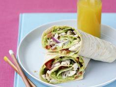 Wraps mit Hähnchen, Salat und Avocado