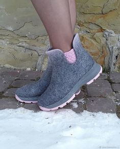Women Winter Daily Slip-on Ankle Boots – bootspie Flat Heel Boots, Shoe Boots, Ankle Boots, Boot Over The Knee, Felt Boots, Lace Flats, Felted Slippers, Buy Shoes Online, Mode Inspiration