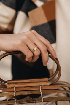 Not only bags have become real investment pieces. - Not only bags have become real investment pieces. Even one or the other classic jewelry is guarante - Cartier Wedding Rings, Cartier Love Ring, Cartier Jewelry, Jewellery, Wedding Ring For Him, Wire Wrapped Jewelry, Pink And Gold, Jewelry Accessories, Bling