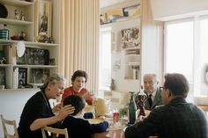 Lunch with Gio Ponti & family at their home in via Dezza, Milan. (50s). Courtesy of Gio Ponti Archives.