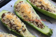 .COCINA CHILENA: ZAPALLITOS ITALIANOS RELLENOS Chilean Recipes, Chilean Food, Whole Food Recipes, Healthy Recipes, Home Food, Recipe For Mom, Food For Thought, Main Dishes, Food And Drink