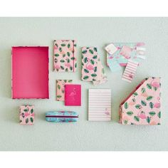 Best Art, Design and Trends in stationery for 2019 including monthly stationery subscription boxes. Stationery gives you the opportunity to be creative and to record diy and craft ideas Gift Subscription Boxes, Beautiful Notes, Small Notebook, Stationery Items, Colour Pallette, Learning Letters, Creative Gifts, Diy And Crafts, Gift Wrapping