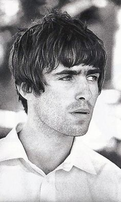 Welcome to the /r/hair community! This community is all about hair and beauty. Gene Gallagher, Liam Gallagher Oasis, Liam And Noel, Oasis Band, Britpop, Wonderwall, Music Bands, Cool Bands, The Beatles