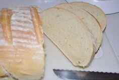 Weißbrot - beecreative.co.at Bread, Creative, Food, Brown Bread, Food Food, Recipes, Breads, Baking, Meals