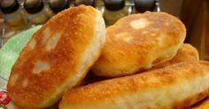 Жареные пирожки с картошкой и сыром на сковороде