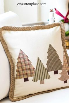 DIY No Sew Christmas Tree Pillow is part of Christmas crafts Sewing - No Sew Christmas Tree Pillow Quick and easy tutorial that includes 3 templates for making the trees Make this Christmas craft in under an hour! Christmas Sewing, Noel Christmas, Christmas Ornaments, Fabric Christmas Trees, Christmas Applique, Beaded Ornaments, Rustic Christmas, Sewing Pillows, Diy Pillows
