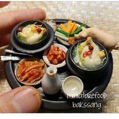 삼계탕 한 상  밥상과 식기 모두 도자기로 직접 만들어보았어요.  #미니어쳐#미니어쳐음식 #삼계탕#미니어쳐삼계탕 #점토음식#miniature #miniaturefood #clayfood #fakefood #koreanfood #samgetang #ginsengchickensoup #ミニチュア #手作り #粘土#pottery #miniaturepottery