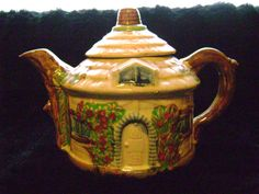 Vintage Cottage Teapot Made in Japan by TheNostalgicGem on Etsy