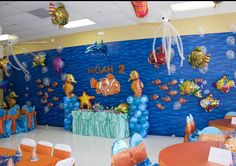 Finding Nemo birthday party decorations. Cute if we had the money and not too many guest