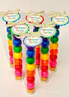 adorable party favour for a kid's birthday. or St Patrick's Day! There's even a pot of gold at the end of the rainbow ; Rainbow Parties, Rainbow Birthday Party, Rainbow Theme, Rainbow Wedding, Birthday Parties, Rainbow Party Favors, Rainbow Treats, Rainbow Candy, 4th Birthday