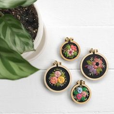 3 PACK of 1/2.5cm teeny tiny embroidery hoops NEW | Etsy