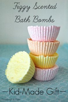 Awesome Kid-Made Gift Idea. Make Fizzy Scented Bath Bombs!! {Playdough to Plato}