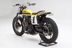 Racing Cafè: Yamaha XS 650 Dirt Track by Palhegyi Design Yamaha Motorcycles, Custom Motorcycles, Custom Bikes, Flat Track Motorcycle, Flat Tracker, Street Tracker, Dirt Track, Motorbikes, Convertible