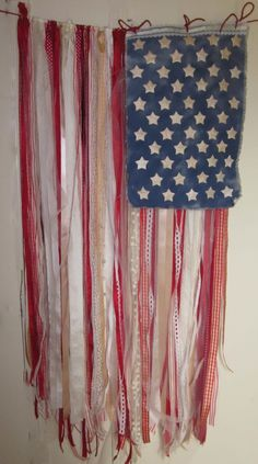 """#papercraft #crafting projects - #Patriotic """"Ragamuffin American Flag"""" from @The May Arts Ribbon Lady"""