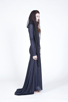 Black Silk Hood © by Audrey Cantwell for Ovate's Fall 2012 / Winter 2013 collection. (Ovate @ etsy.com)
