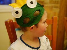 Backwoods Mama: Mardi Gras: Handmade Felt Masks and Crepes Frog Template, Frog Mask, Animal Activities, Woodland Party, Handmade Felt, Crepes, Mardi Gras, Lifestyle Blog, Crafty
