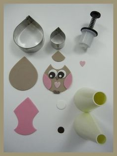 Making a fondant owl