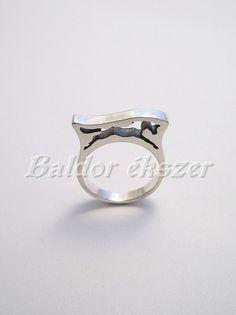 Ezüst ugró ló gyűrű