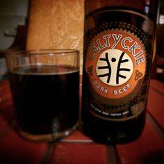 Z jednej strony dobre, z drugiej zaś jakieś takie bez charakteru. Ale nie dyskwalifikuję. #piwo #beer #celtyckie