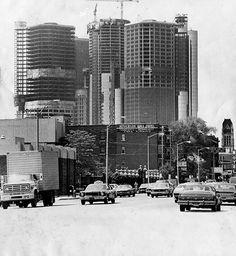 Detroit's iconic Renaissance Center under construction
