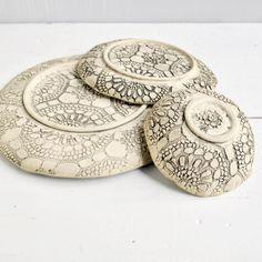 Lee Wolfe Pottery — handmade ceramic dinnerware Lee Wolfe Pottery -Wonder how he got the print all over. Pottery Place, Slab Pottery, Pottery Bowls, Ceramic Pottery, Pottery Art, Ceramic Clay, Ceramic Plates, Clay Plates, Handmade Pottery