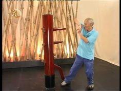 中國武術之詠春 木人樁系列 第一集 - YouTube Kung Fu Techniques, Bruce Lee Wing Chun, Diy Home Gym, Ip Man, Chinese Martial Arts, Plein Air, Tai Chi, Self Defense, Awesome