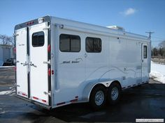 http://montanahorsetrailers.net/express-bumper-pull-horse-trailers.php  img_8429.jpg (640×480)