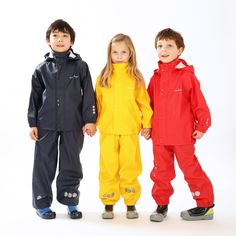 Kozi Kidz award winning PU rainwear is the perfect outer layer for maximum protection from the rain. Jung In, Top To Toe, Rain Gear, Outdoor Outfit, Dungarees, Rain Jacket, Windbreaker, Raincoat, Barn