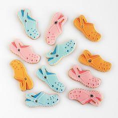 Crocs Cookies http://ifeelcook.es/galletas-crocs/ @CrocsEU