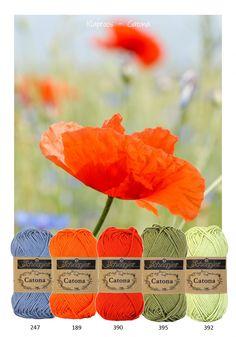 Kleurinspiratie Klaproos. Mooie frisse kleuren katoen van Scheepjeswol om mee te haken of te breien. Korenbloem blauw - rood - oranje en groen