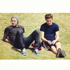 At the Sport Day... How many hats you brings out? #davidbeckham #brooklynbeckham