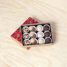 12 Brigadeiros Box: so want to try