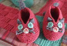 Des chaussons chat à tricoter