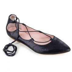 """<p>Lace+up+ballet+style+flat.+Upper,+lining+and+sock+all+made+from+genuine+Italian+leather.+Sock+cushioned+with+2/16""""+latex.</p> <p><strong>Heel+height:+2/8""""+</strong></p>"""