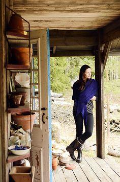 Orvokki by Veera Välimäki. malabrigo Rios in Purple Mystery colorway.