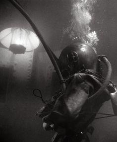 US Navy Diver (1950 Circa)