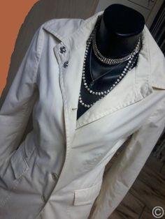 Eleganter STEFANEL Sommermantel in Größe M ♥ Größe M - Farbe creme-weiß - neuwertig ♥ eleganter, schlichter Schnitt und figurtbetont ♥ mit Taschen (siehe Fotos) www.angel-bazar.com/item.php?id=30808