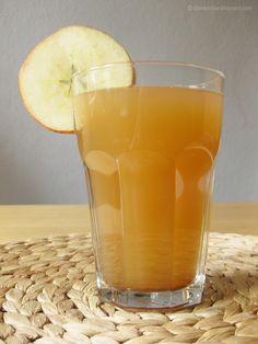 Die Raumfee: Erkältungs-Zaubertrank (Ingwer-Apfel-Zimt-Honig-Tee) // Ginger-Apple-Cinnamon-Honey-Tea