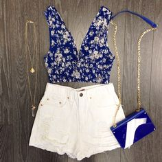 cute blue and white outfit - Crop top and high waisted shorts