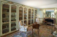 a-l-ancien-regime:  Château de Versailles Madame Victoire's library. © EPV/ Christian Milet