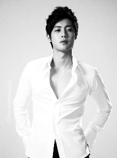 So this how Koreans be looking now a days..hotness...Kim Hyun Joong