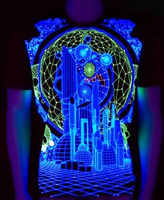Glow in Blacklight Psy T-Shirt. Silk Print on Cotton. Electric Forest, Goa, Kunst Party, Active Design, Cool Gear, Dark Forest, Silk Screen Printing, Future Fashion, Rave Outfits