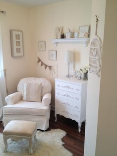 20 Neutral Nurseries: Simple & Stylish (i like the idea of a chair and small dresser. But for me not a babies room)