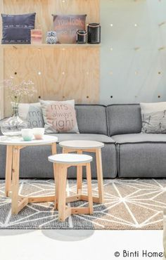 Fest Amsterdam Edge grey sofa styling tips home decor idea ©BintiHome Sofa Styling, Styling Tips, Nordic Interior, Diy Carpet, Interior Design Inspiration, Interior Decorating, Sweet Home, Diy Projects, Amsterdam