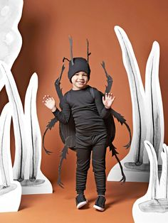 Make This Cute Bug Halloween Costume Using Leftover Cardboard Boxes