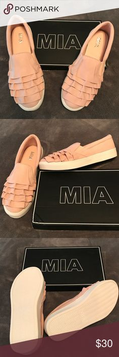 Mia Women's Margaret Fashion Sneaker, Blush New in box. Textile, synthetic sole, memory foam footbed, all day comfort, stylish and casual.  The MIA Margaret is this seasons trendsetting sneaker featuring an soft feminine ornate ruffled upper on an easy slip on design. Color: Blush, Size 8.5. Mia Shoes Sneakers