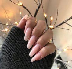 Semi-permanent varnish, false nails, patches: which manicure to choose? - My Nails Manicure Natural, Natural Looking Acrylic Nails, Long Natural Nails, Pink Acrylic Nails, Pink Nails, Girls Nails, Hair And Nails, My Nails, Long Gel Nails