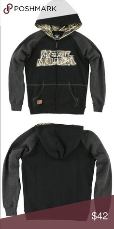 BOYS REALTREE METAL MULISHA BUCK UP FLEECE HOODIE 80% cotton, 20% polyester. Zip up hoodie with pouch pocket. Please note this is BOYS SIZING not Men's.❣PRICE IS FIRM❣ please remember Posh takes a commission for every sale. Most items listed are from my actual business. Get the most for your money and check my site for ongoing sales that I cannot offer on Posh.   🚫 NO TRADES🚫  ⚜ PLEASE RATE WHEN RECEIVE ⚜  PERKS FOR PURCHASING FROM ME: ✅ FAST SHIPPING ✅ TOP RATED SELLER.         👢TAGS…